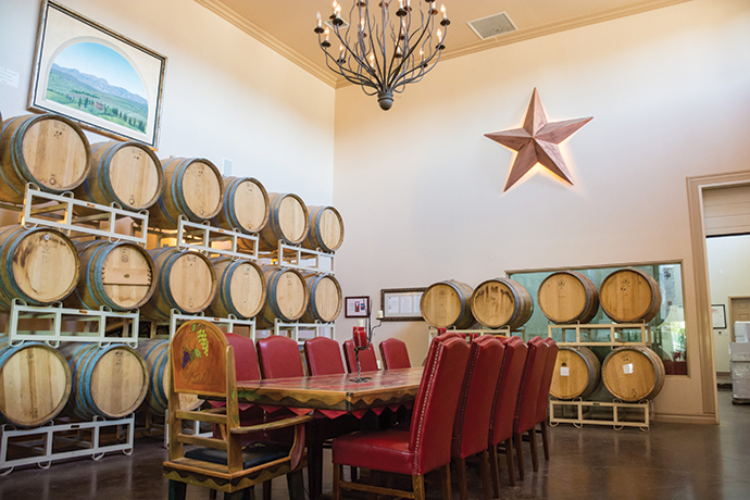 WINERIES & MICROBREWERIES