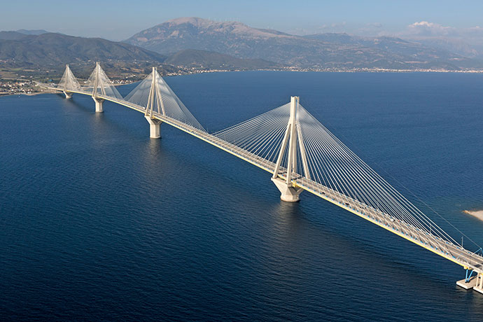 RioAntirio_bridge