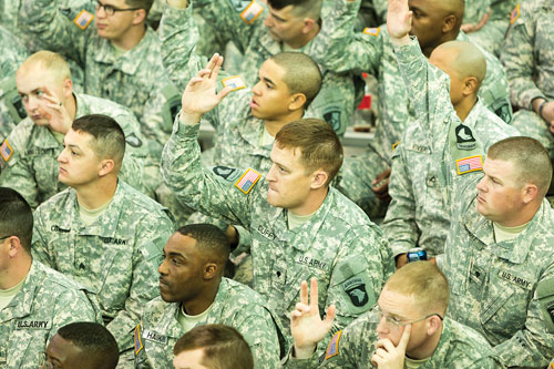 FortCampbell_hand-raised